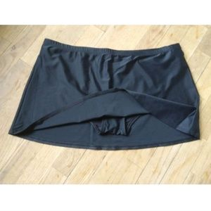 ST JOHN'S BAY Swim Skirt Bottom BLACK Size 14